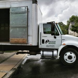 movers truck