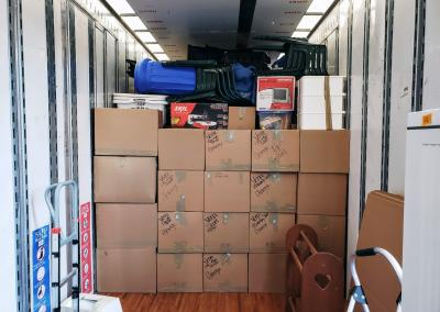 packed mountain movers truck